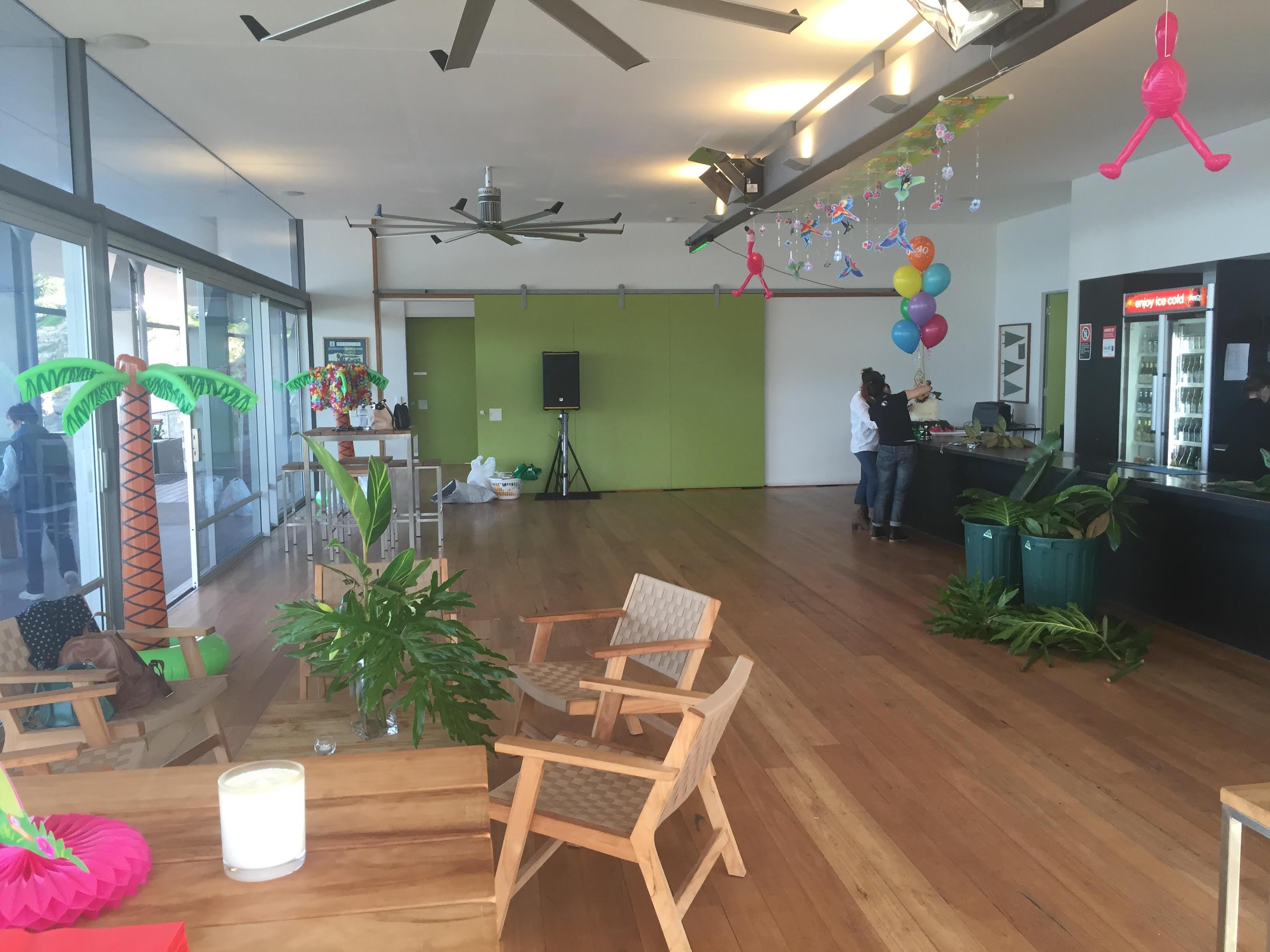Jess Diez - Club Lounge Hire